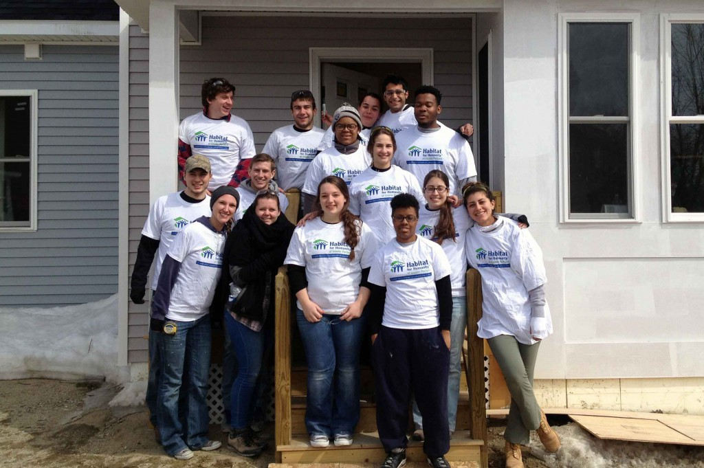 PhilaU students volunteer with Habitat for Humanity of Greater Portland over spring break.