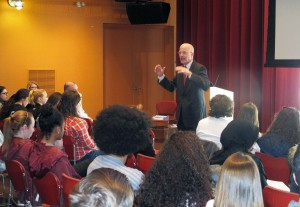 """Former Pennsylvania U.S. Rep. Joseph Hoeffel discusses his book, """"The Iraq Lie: How the White House Sold the War,"""" with students, faculty and staff in the Kanbar Campus Center Performance Space."""