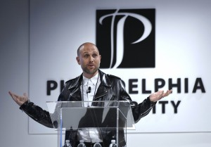 Obey Clothing head designer Mike Ternosky, a PhilaU alumnus, won the 2016 Spirit of Design Award for his contributions to fashion through his hip, streetwear brand.