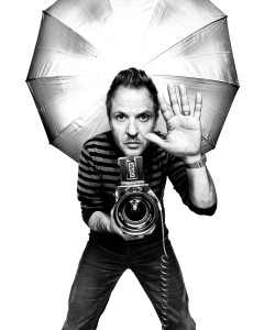 Renowned photographer Platon Antoniou will address graduates of the Sidney Kimmel Medical College, Jefferson College of Biomedical Sciences and Jefferson College of Population Health.